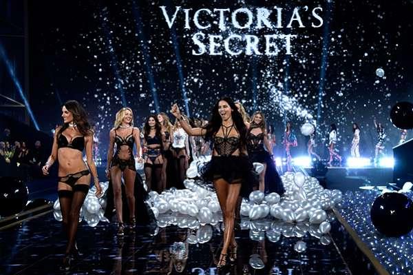 """Показ Victoria's Secret-2014: """"ангелы"""" в деле 16"""