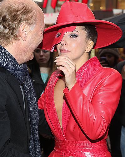 """""""Призрак оперы"""" и джазмен: Леди Гага и Тони Беннетт в Нью-Йорке 5"""
