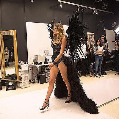 """Лима, Амбросио и другие """"ангелы"""" готовятся к шоу Victoria's Secret-2014 7"""
