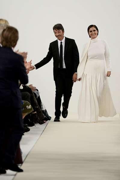Белым по белому: показ коллекции Valentino в Нью-Йорке 12