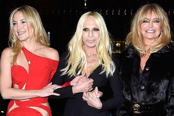 Неделя высокой моды в Париже: показ Versace 9