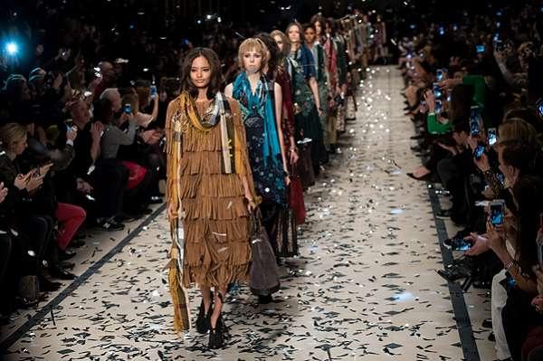 Неделя моды в Лондоне: показ Burberry Prorsum 22