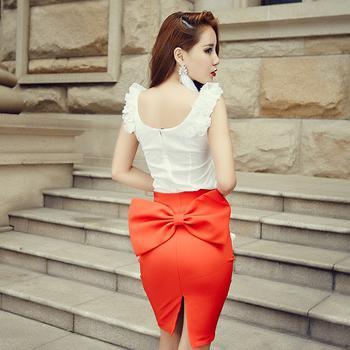 красная юбка карандаш фото