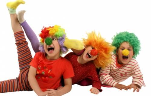 Из чего сделать карнавальный костюм клоуна для мальчика своими руками? Пошаговый фотомастер-класс новогоднего костюма клоуна 10
