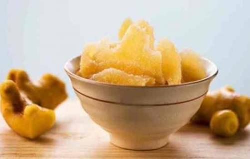 Имбирь в сахаре: польза и вред необычного лакомства. Как сделать имбирь с лимоном в сахаре: рецепт имбирных цукатов 9